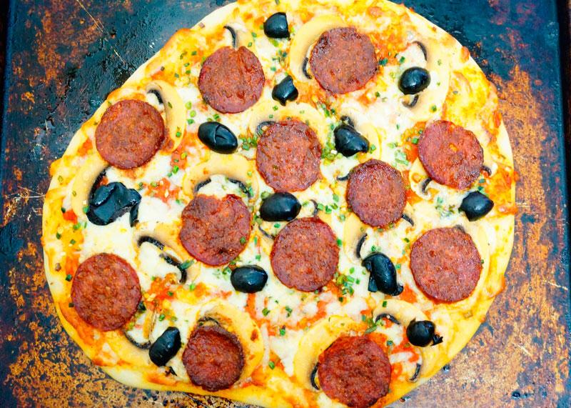 Пицца пепперони рецепт фото