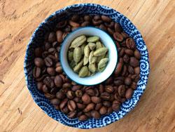 Кофе и кардамон фото