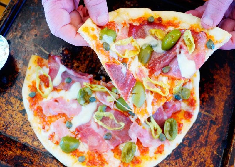 Пицца с капоколло приготовление фото