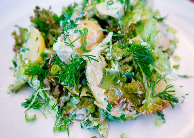 Простой весенний салат рецепт фото