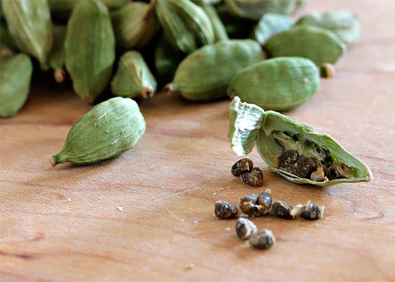 Зеленый кардамон семена фото
