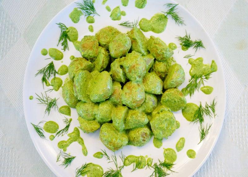 Рецепт Картофель с заправкой зеленая богиня фото