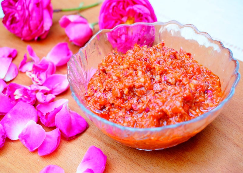 Розовая харисса приготовление фото