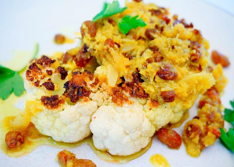 Жареный стейк из цветной капусты приготовление фото