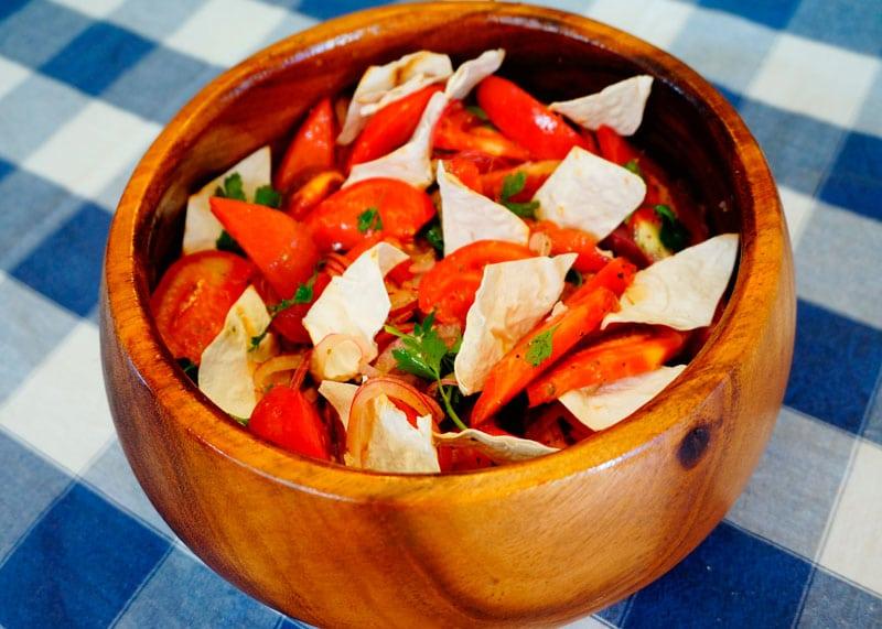 Икарийский салат из помидоров рецепт фото