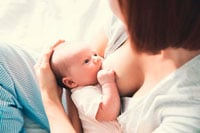 Кормящая мать фото