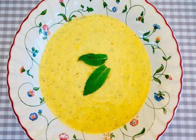 Крем-суп из цуккини и мяты рецепт фото
