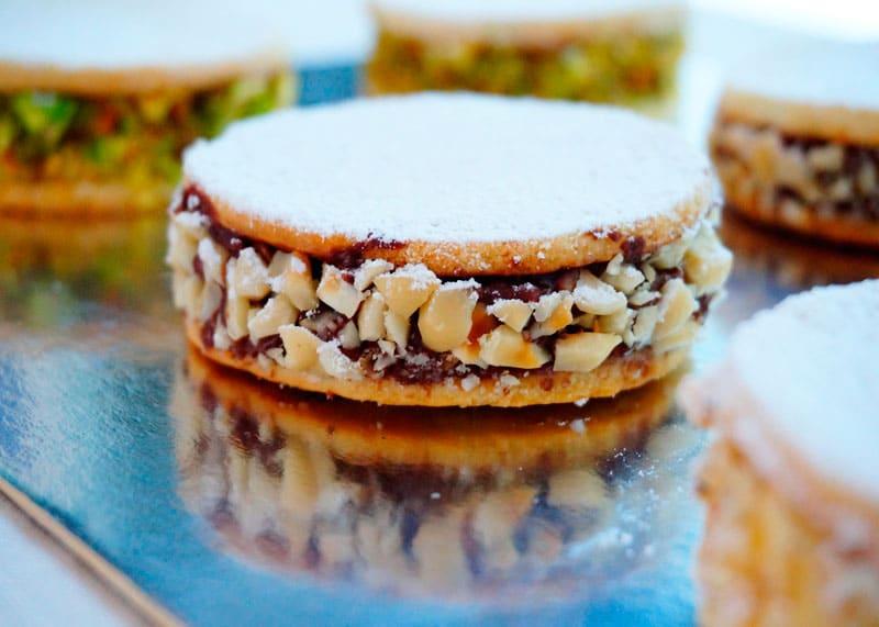 Неаполитанские пирожные фото