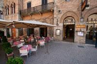 Современный ресторан ла Цистерна фото