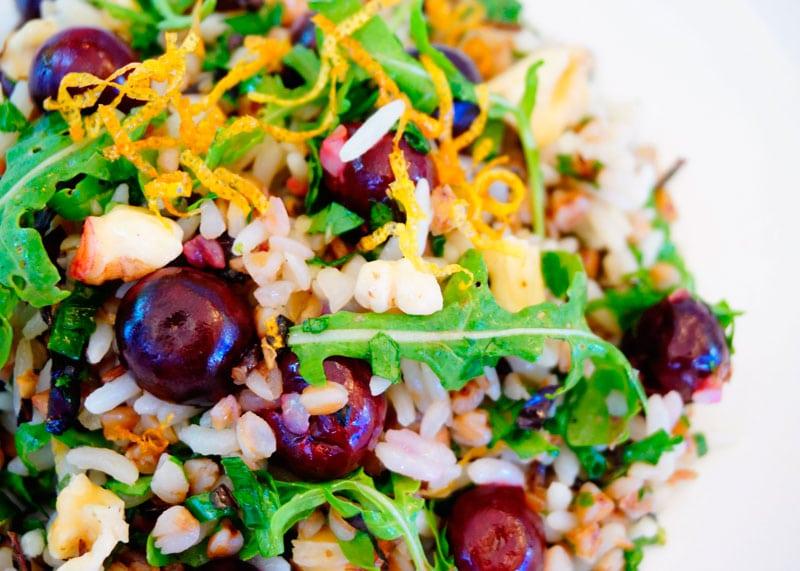 Салат из риса и гречки с рукколой рецепт фото