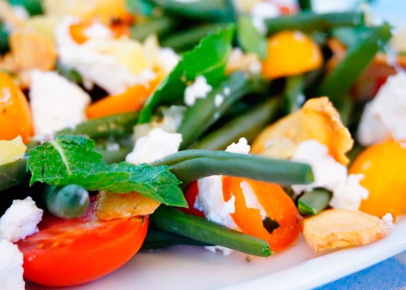 Салат из зеленой фасоли и маринованных лимонов приготовление фото