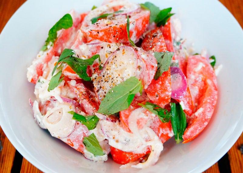 Помидорный салат рецепт фото