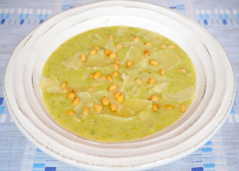 Суп из брокколи и белой фасоли рецепт фото