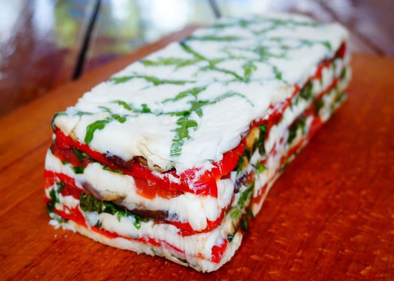 Рецепт Террин из козьего сыра и баклажанов фото