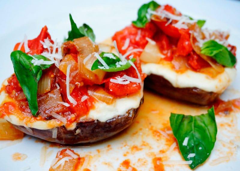 Жаренные баклажаны с моцареллой рецепт фото