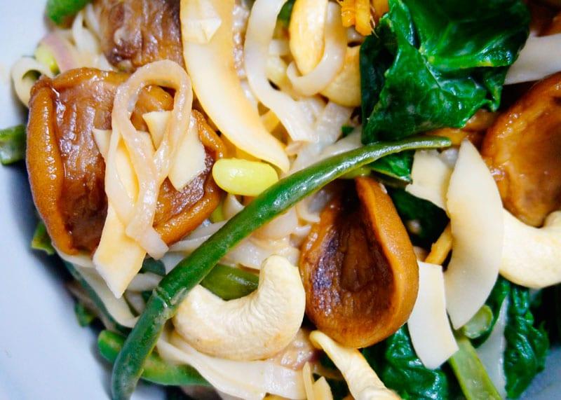 Рисовая лапша с зеленой фасолью фото