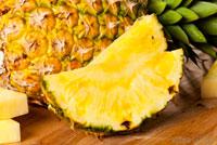 Свежий ананас фото