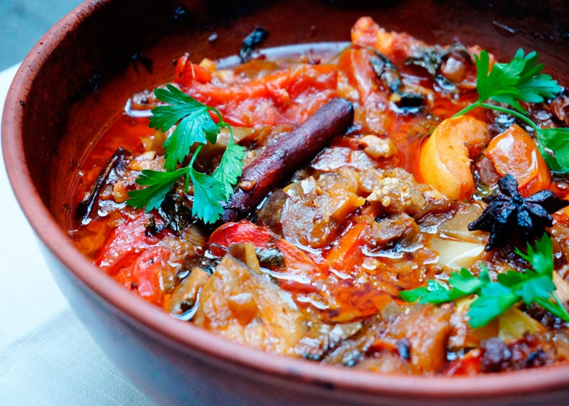 Таджин из баклажанов и айвы рецепт фото