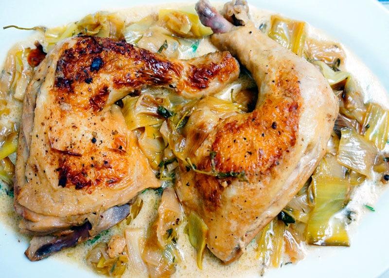 Цыпленок с луком пореем рецепт фото