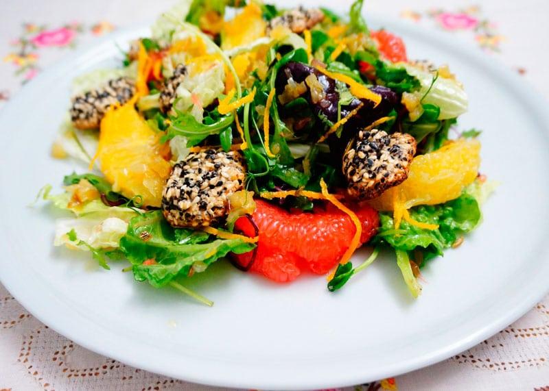 Рецепт Зеленый салат с цитрусами фото