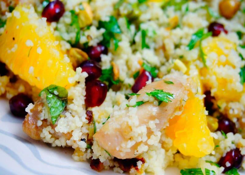 Салат из жареной курицы рецепт фото