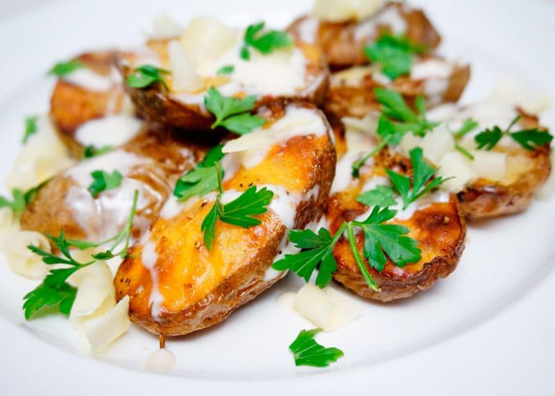 Картофель с чесночным крем-винегреттом рецепт фото