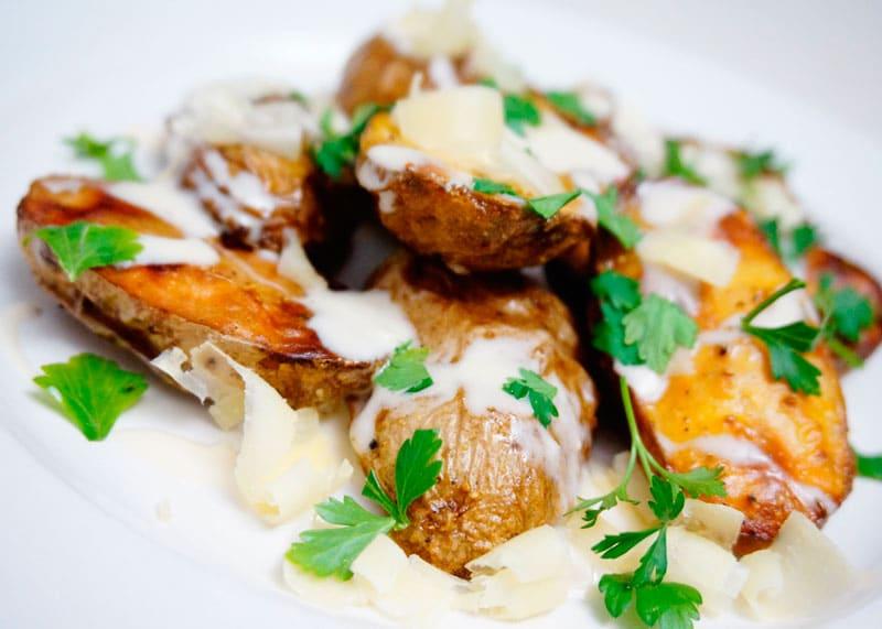 Картофель с чесночным крем-винегреттом фото