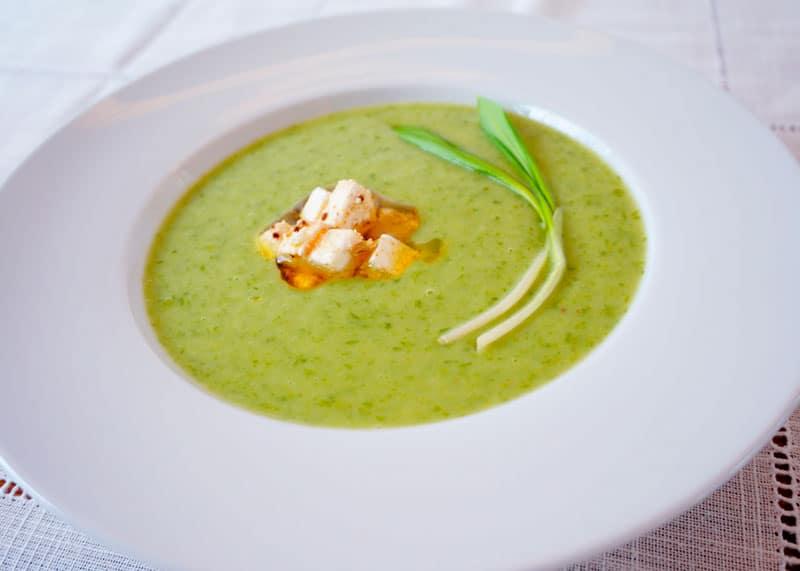 Луковый крем суп с молодым картофелем рецепт фото