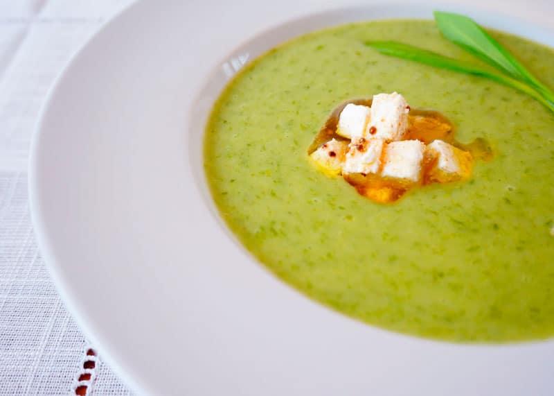 Луковый крем суп с молодым картофелем фото