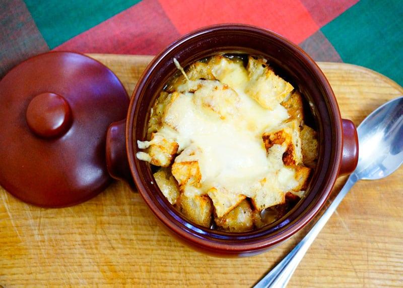 Луковый суп с грибами фото