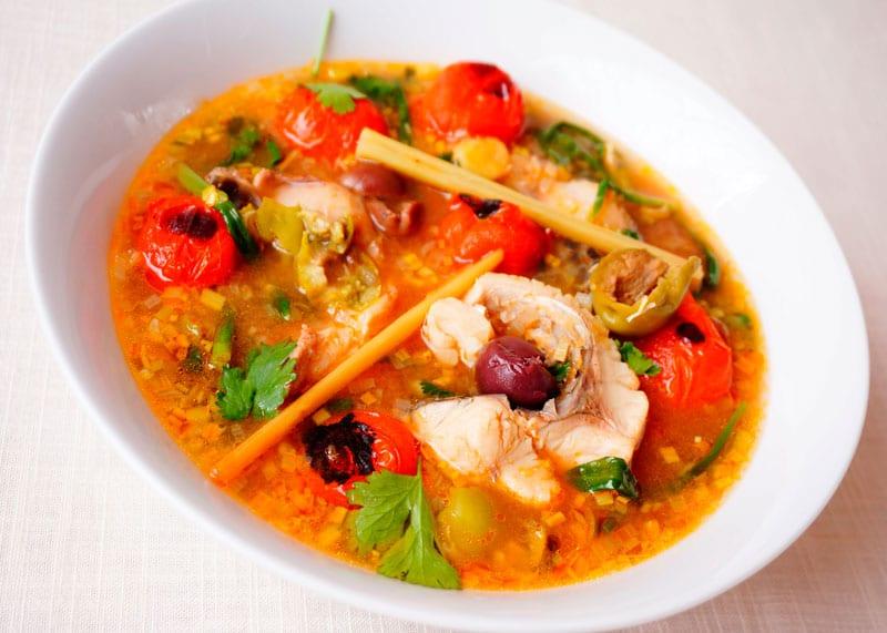Рыбный суп с помидорами рецепт фото