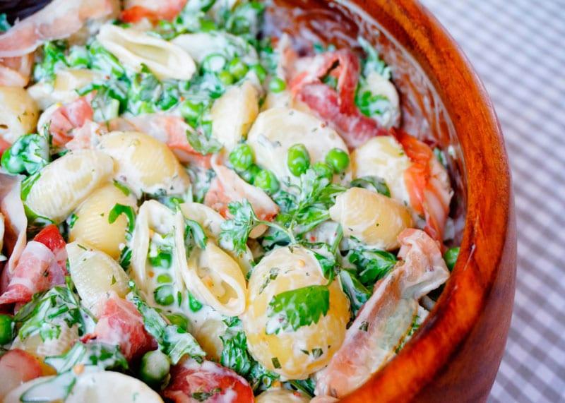 Салат из молодого картофеля и пасты рецепт фото