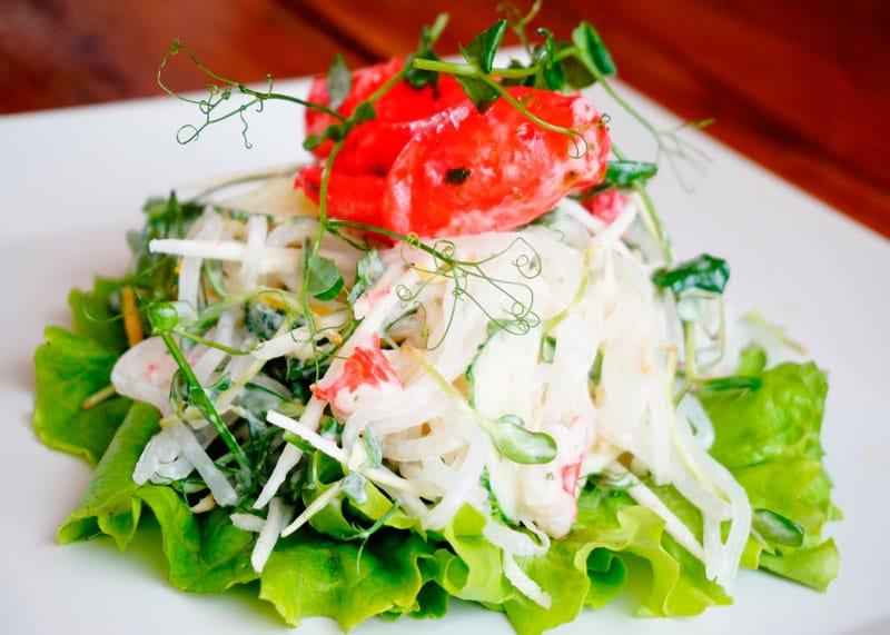 Японский салат с крабовым мясом фото
