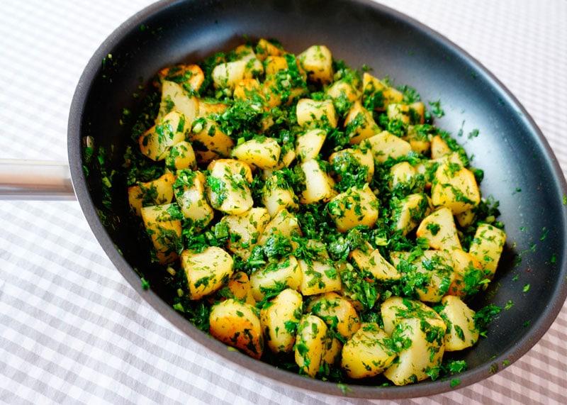 Жареный картофель с заправкой персилад приготовление фото