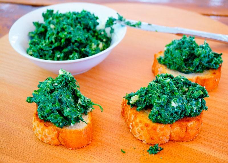 Закуска из мягкого козьего сыра рецепт фото