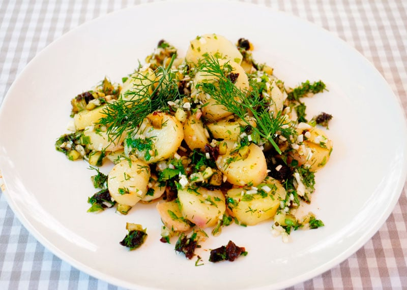 Французский картофельный салат рецепт фото