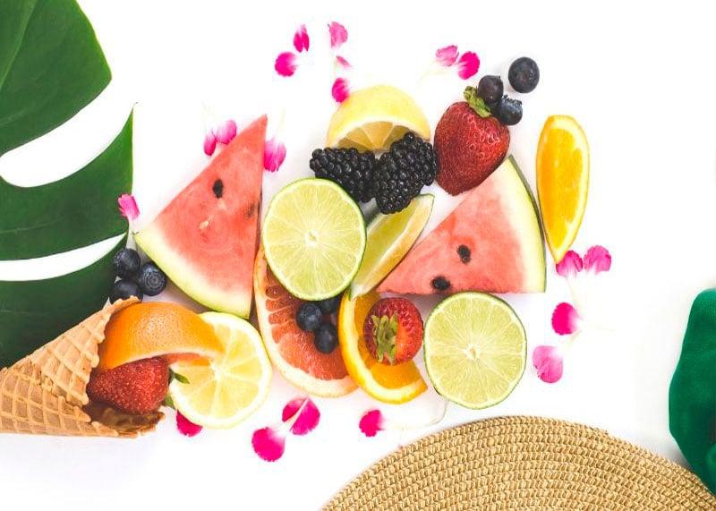 Фрукты и ягоды фото