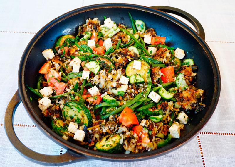 Салат с жареным рисом рецепт фото