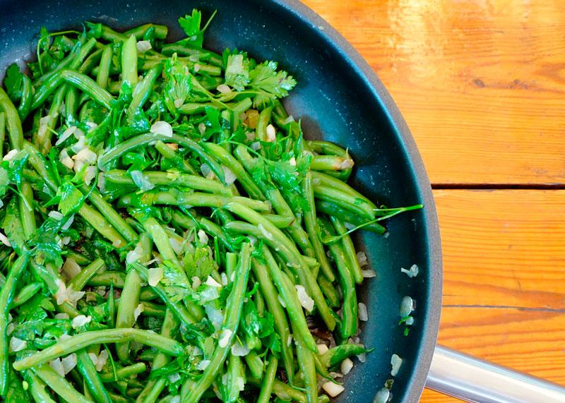 Зеленая фасоль с топленым маслом фото