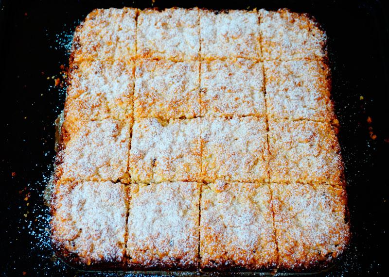 Пирог с джемом из розы фото
