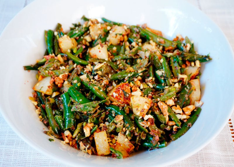 Зеленая фасоль с кусочками груши рецепт фото