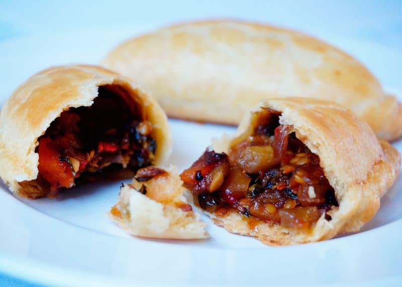 Марокканские пироги с баклажанами фото